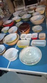 Pyrex Lot of 30 pieces - Sold as a lot / SPECIAL THIS WEEKEND/DEALERS/COLLECTORS in Elgin, Illinois