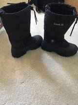 Snow Boots in Naperville, Illinois
