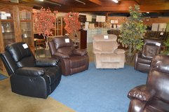 Great Selection Of New Recliners in Fort Lewis, Washington
