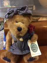 BOYDS BEARS - Sally Quignapple with Annie #91009 in Fort Lewis, Washington