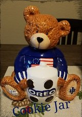 Oreo Cookie Jar in Barstow, California