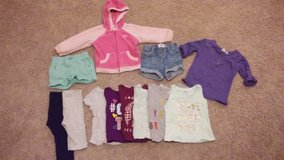 Girls 18-24 month old navy clothes in Fort Leonard Wood, Missouri