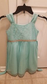 Girl's Party Dress - Size 8 in Naperville, Illinois