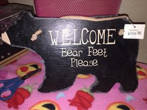 Bear welcome sign plaque in Alamogordo, New Mexico