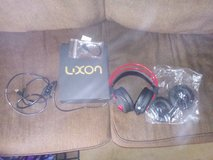 Pc gaming headset. W adaptor. Never used in Joliet, Illinois