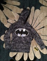 boy's batman hoodie new with tags in Ramstein, Germany