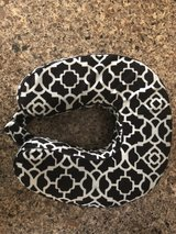 Travel / Neck Pillow in Kingwood, Texas