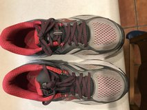 Saucony Guide 10 Women SZ9 in Ruidoso, New Mexico