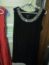 4 Dresses size Large in 29 Palms, California