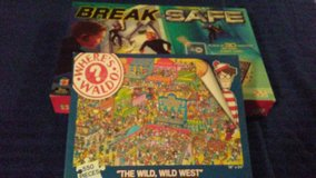 Puzzle and game (lot 5) in Baytown, Texas