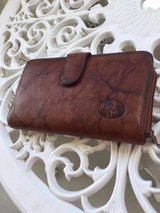 Like new - Ladies Buxton brown leather wallet in Okinawa, Japan