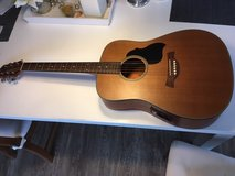 Crafter Lite - D/CD With Built in Pickup and Bag - Like New in Stuttgart, GE
