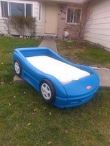 Little Tikes Toddler Car Bed in Travis AFB, California
