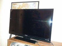 39 inch tv in Fort Campbell, Kentucky