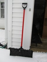 Snow Shovel in Yorkville, Illinois