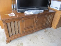 Vintage Zenith Stereo AM-Fm Console in Plainfield, Illinois