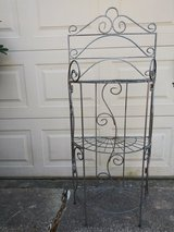 3 tier metal plant stand in Spring, Texas