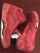 Jordan 5's Retro Red Suede size 11 in Fort Campbell, Kentucky