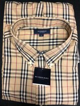 Brand New Burbury Shirt - Bought as gift and too Big in Wiesbaden, GE