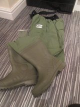 BRAND NEW UNUSED SHAKESPEARE WADERS SIZE 9 in Lakenheath, UK