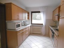 Vogelbach, Large Apartment w/ Garage and 2 Off street parking in Ramstein, Germany