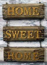 """Rustic wooden sign """"Home Sweet Home"""" in Schweinfurt, Germany"""