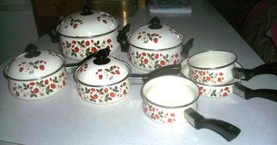 Vintage Enamelware Sheffield Strawberries n Cream Pots & Pans 11 pc. in Fort Riley, Kansas