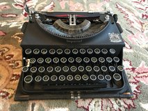 """IMPERIAL """"The Good Companion"""" 1930s Portable Typewriter in Yucca Valley, California"""