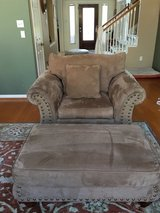 4pc Living Room Suite (Couch, Loveseat, Chair & Ottoman) - Priced to Move ! in Kingwood, Texas