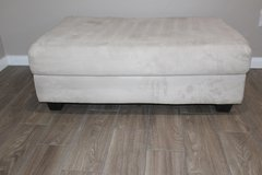 Ottoman - great condition! in Spring, Texas