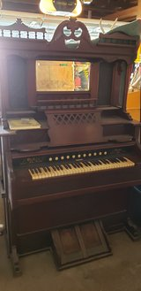 1860 pump organ in Fort Carson, Colorado