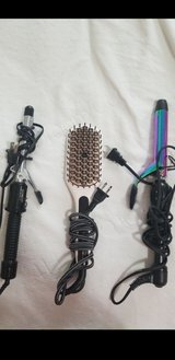 curling irons, heated brush in Fort Sam Houston, Texas