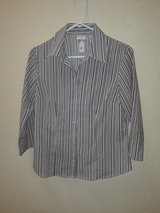 10-12 (M) ladies blouse by COVINGTON in Fort Hood, Texas