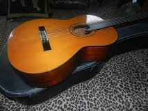 Ibanez CLASSICAL GUITAR W/CASE in Chicago, Illinois