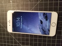 iPhone 6 *Unlocked* in Oswego, Illinois