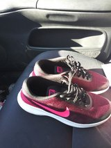 nike womens shoes size 8.5 in Fort Polk, Louisiana
