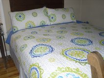 KING SIZE QUILT / 2 PILLOW SHAMS in Beaufort, South Carolina