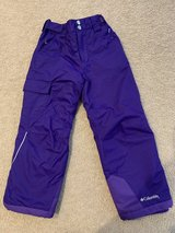 Columbia Bugaboo girls snow pants...size xs in Oswego, Illinois