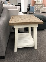 End Table in Jacksonville, Florida