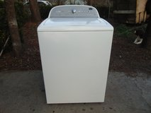 WHIRLPOOL Cabrio WASHER in Cherry Point, North Carolina