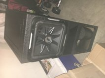 Subwoofer Box like new in Fort Hood, Texas