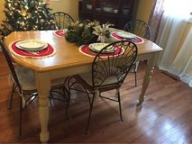 Dining Table and 4 Chairs in Byron, Georgia