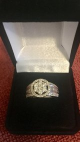 NEW SZ 7 One carat diamond white gold wedding ring in Fort Campbell, Kentucky