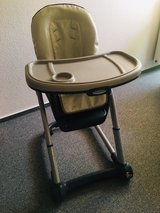 Graco Blossom 6-in-1 Convertible Highchair in Stuttgart, GE