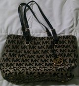 Michael Kors Purse in Baytown, Texas