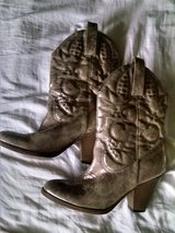 Women's Boots in Baytown, Texas
