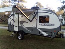 2017 StarCraft 20 ft only weighs 3500 lbs in Kingwood, Texas