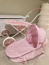 Doll bassinet / stroller in Wheaton, Illinois