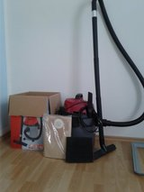 Wet and dry vacuum cleaner Einhell TH-VC 1815 in Stuttgart, GE