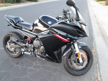 2011 Black Yamaha FZ6R - only 2000 miles - stand included in Vacaville, California